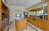 113 Commodore Drive, Paradise Waters - Kitchen