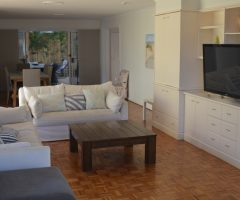 Glorious Budds Beach location – For lease fully furnished.